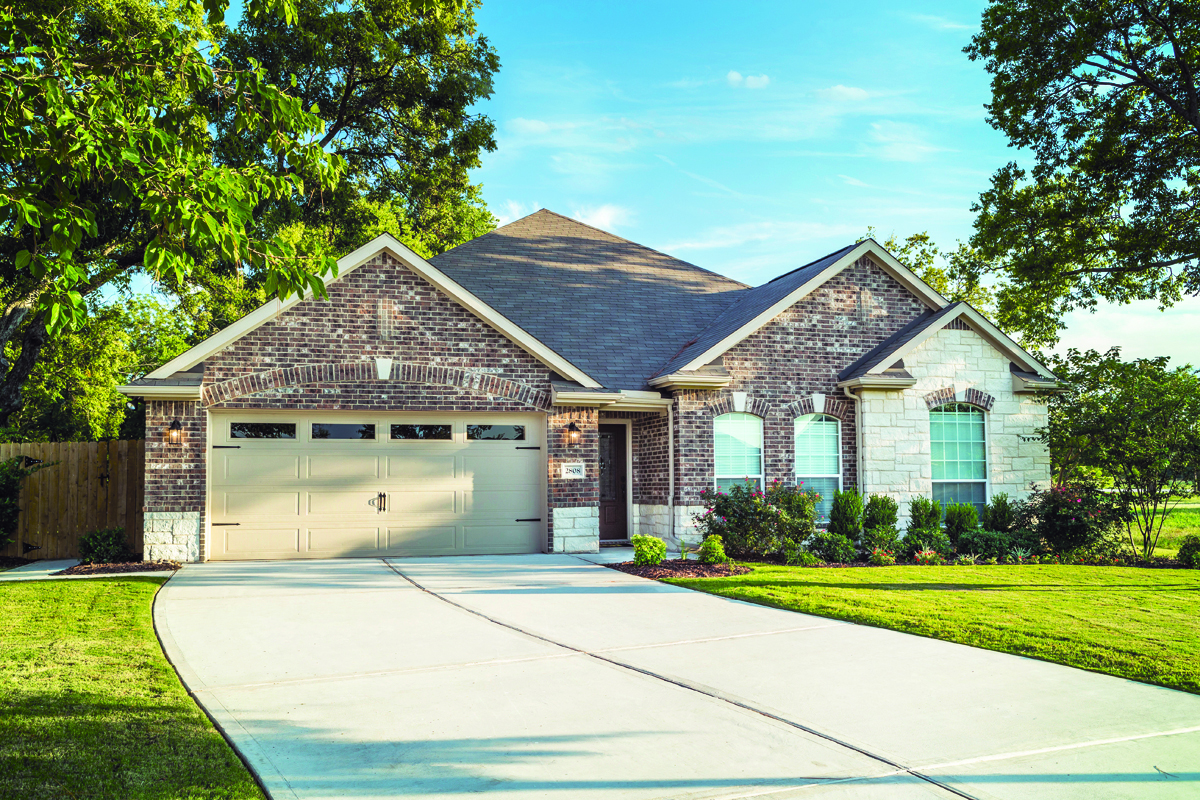 LGI Homes Birch Model Is Offered In The Dallas Fort Worth Community Of Summer Oaks Which Has A Park And Walking Trails Include Energy Efficient
