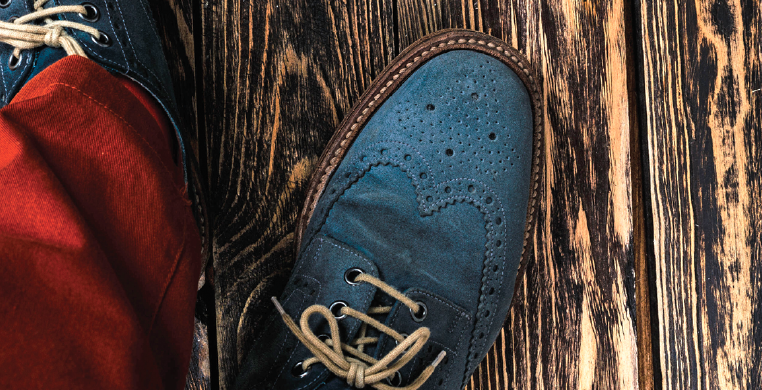 old school vs new school-construction-new shoes old wood-photo Maxim Tatarinov 123rf