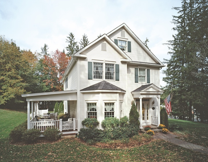 Colonial home by Westchester Modular Homes