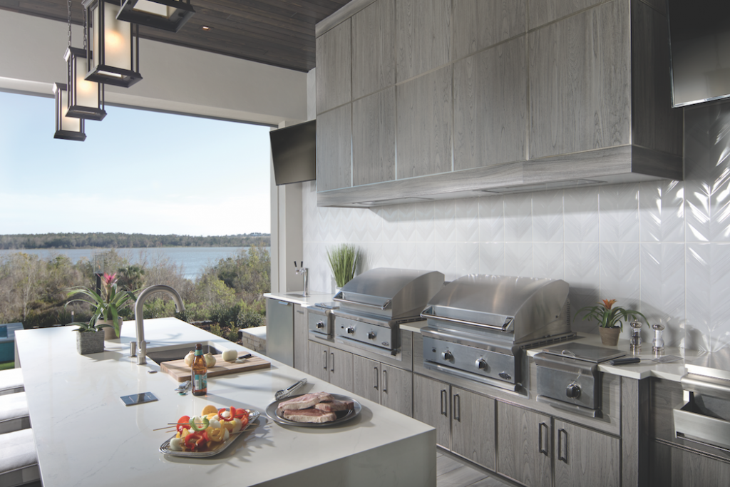 The New American Home 2018, indoor-outdoor kitchen