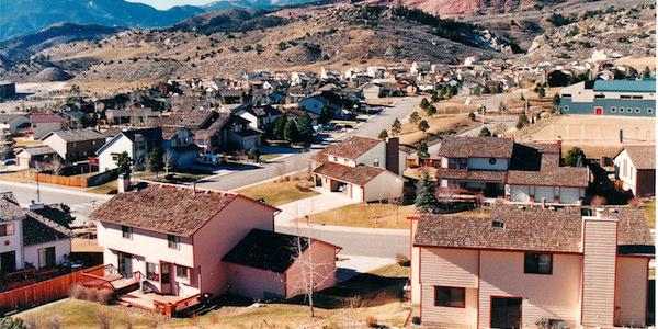 New housing falls far short of rising population in Colorado