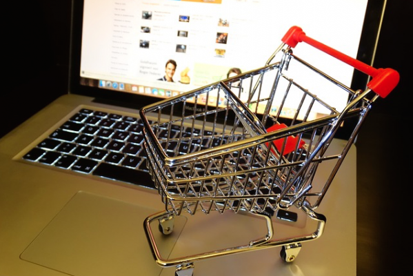 Image of digital shopping cart--the increasingly popular way for builders to buy products online.