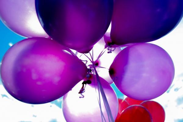 Violet balloons