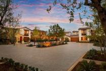 The piazza design at La Vita at Orchard Hills