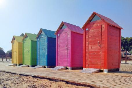 Beach booths