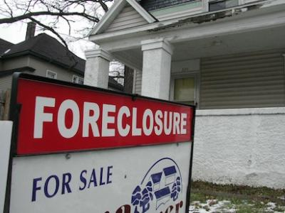 RealtyTrac, foreclosures, housing market, default notices, housing auctions, ban